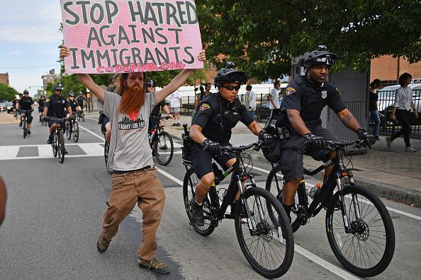 オハイオ州 クリーブランド「Demonstrators Protest Ahead Of Monday's Start Of The 2016 Republican Nat'l Convention」:写真・画像(19)[壁紙.com]