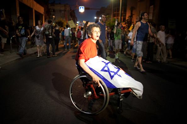 Self-Immolation「Israelis Demonstrate For Social Equalities」:写真・画像(17)[壁紙.com]