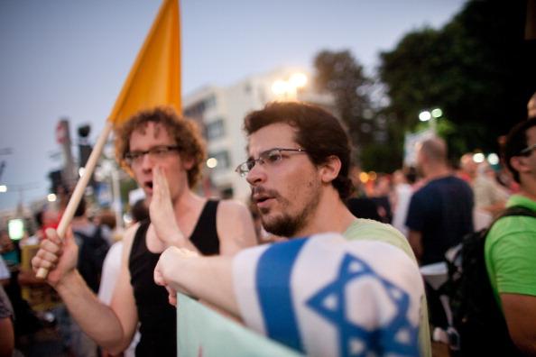 Self-Immolation「Israelis Demonstrate For Social Equalities」:写真・画像(18)[壁紙.com]