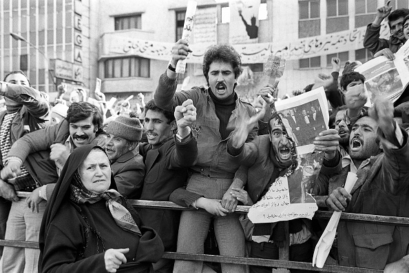 Tehran「Supporting Hostage Takers」:写真・画像(6)[壁紙.com]