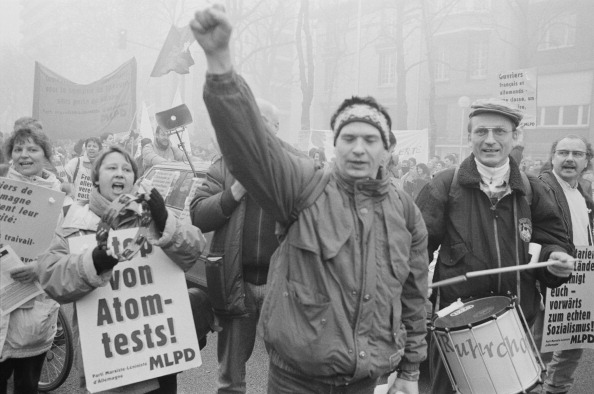 Steve Eason「French National Strike」:写真・画像(2)[壁紙.com]