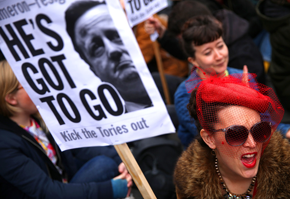 Politics and Government「Tax Loophole Protest Held Outside Downing Street After Panama Revelations」:写真・画像(7)[壁紙.com]