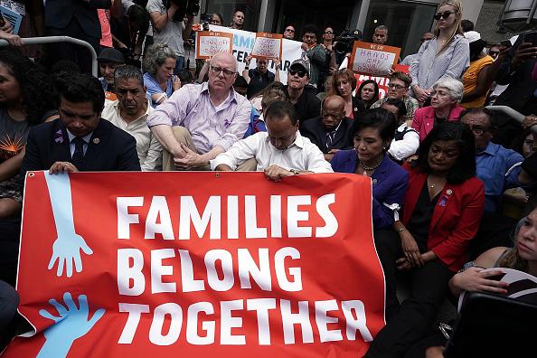アメリカ合衆国「Activists Protest Trump Policy Of Separating Immigrant Children And Families」:写真・画像(7)[壁紙.com]