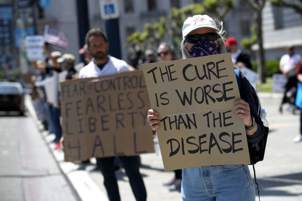 Protesters Rally In San Francisco To Open Up State:ニュース(壁紙.com)
