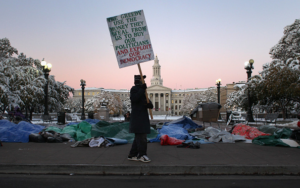 Dawn「Occupy Denver Continues Month-Long Protest Despite Severe Weather Conditions」:写真・画像(17)[壁紙.com]