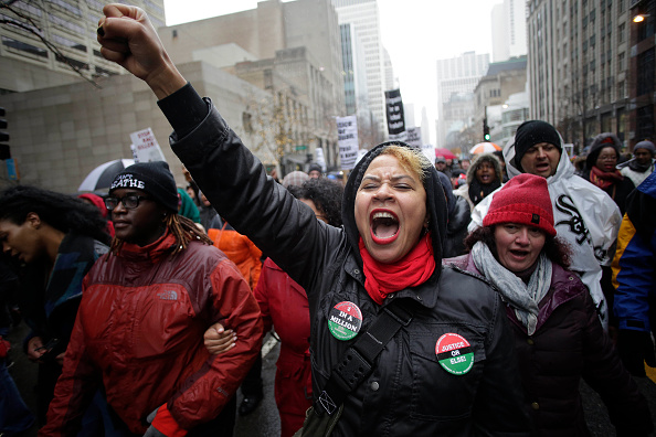 Social Issues「Protests Continue In Chicago After Release Of Video Of Police Fatally Shooting Teen」:写真・画像(1)[壁紙.com]
