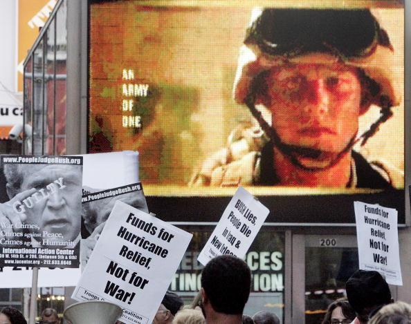 2005「Protestors Call For Aid For Katrina Victims」:写真・画像(17)[壁紙.com]