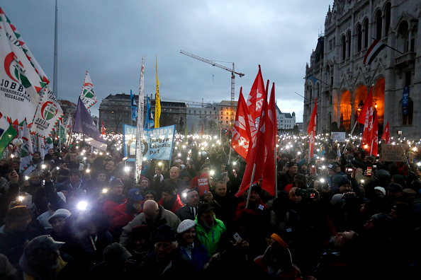 Hungary「Budapest Overtime-Law Protests Continue Into New Year」:写真・画像(11)[壁紙.com]