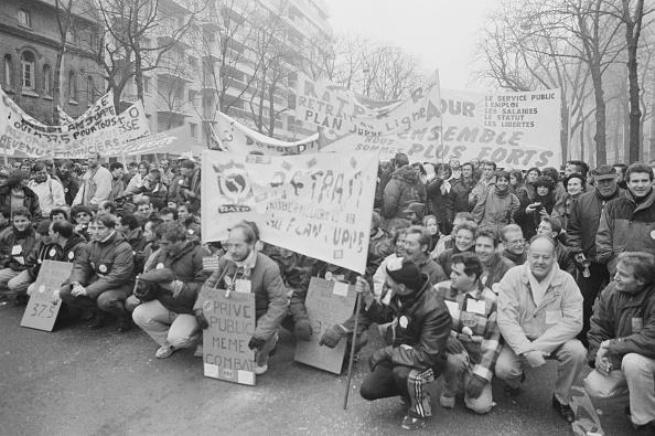 Steve Eason「French National Strike」:写真・画像(1)[壁紙.com]