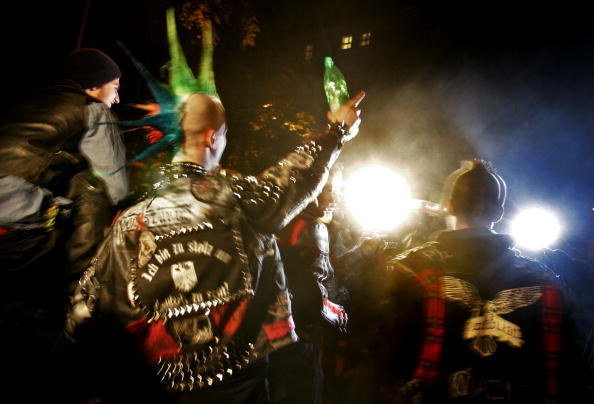 Lighting Equipment「Police And Youth Clash On Walpurgis Night」:写真・画像(9)[壁紙.com]
