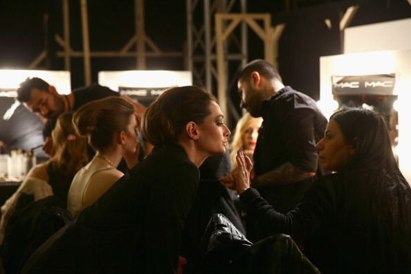 Atmospheric Mood「Hakan Akkaya: Backstage - MBFWI Presented By American Express Fall/Winter 2014」:写真・画像(7)[壁紙.com]