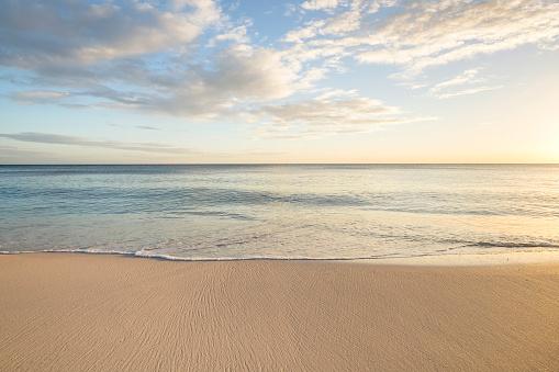 Horizon「Ocean wave on beach」:スマホ壁紙(2)