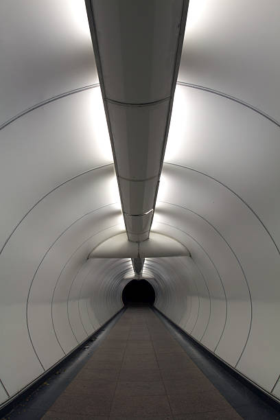 歩行者用トンネルのまとめ:2010年01月13日(壁紙.com)