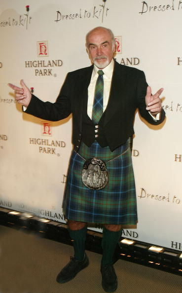 Kilt「Dressed To Kilt Fashion Show Celebrating Tartan Week In New York」:写真・画像(2)[壁紙.com]
