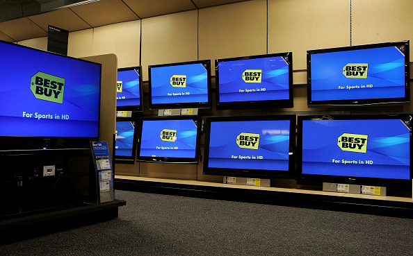 Device Screen「Quarterly Earnings Drop Forecast Lowered At Best Buy」:写真・画像(11)[壁紙.com]
