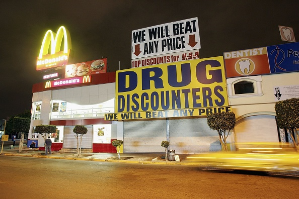 Fast Food「Mexico's President Fox Reverses Course on Bill to Make Drug Possession Legal」:写真・画像(16)[壁紙.com]