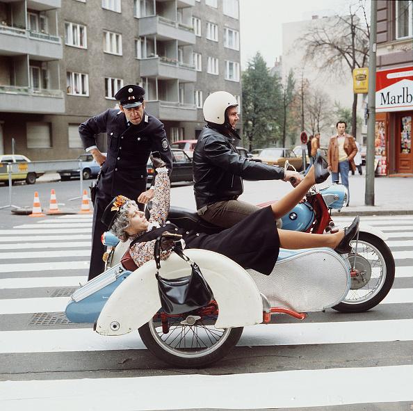 Protection「Nonstop Nonsens」:写真・画像(8)[壁紙.com]