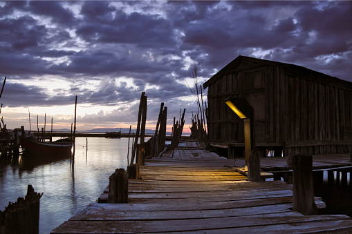 Commercial Dock「Pier with cloudy sky at dawn or dusk」:スマホ壁紙(8)