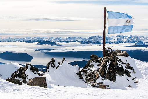 Argentinian Flag「The Ripped And Torn Argentina Flag On The Top Of Cerro Catedral Resort」:スマホ壁紙(19)