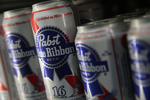 Convenience「Pabst Beer Sold To Russian Company, Oasis Beverages」:写真・画像(14)[壁紙.com]