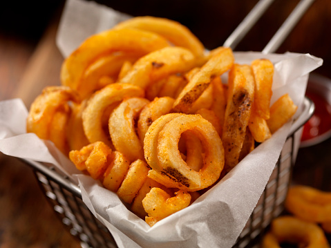 Side Dish「Basket of Curly French Fries」:スマホ壁紙(13)