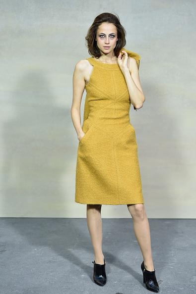 Yellow Dress「Chanel : Front Row  - Paris Fashion Week Womenswear Spring/Summer 2015」:写真・画像(9)[壁紙.com]