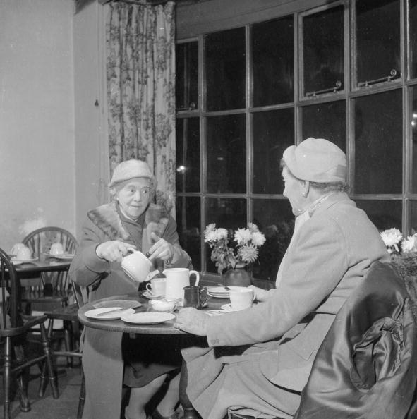 Pouring「A Nice Cup Of Tea」:写真・画像(14)[壁紙.com]