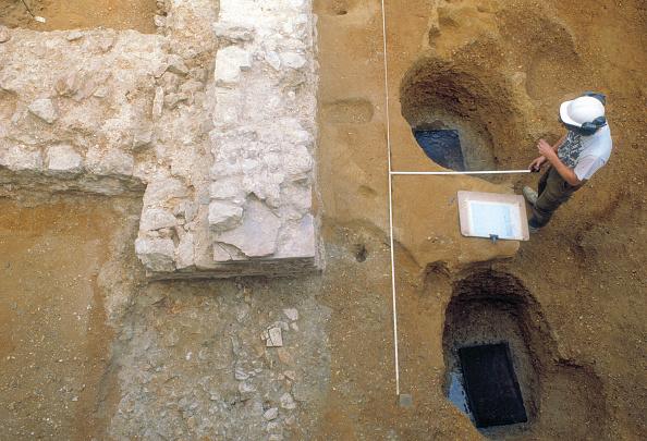 Construction Material「Roman Amphitheatre Excavation」:写真・画像(19)[壁紙.com]