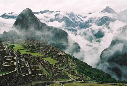 Inca「Clouds Surrounding Machu Picchu and Inca Ruins」:スマホ壁紙(19)