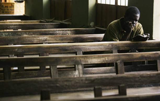 Nigerian Catholics Celebrate Morning Mass in Kano:ニュース(壁紙.com)