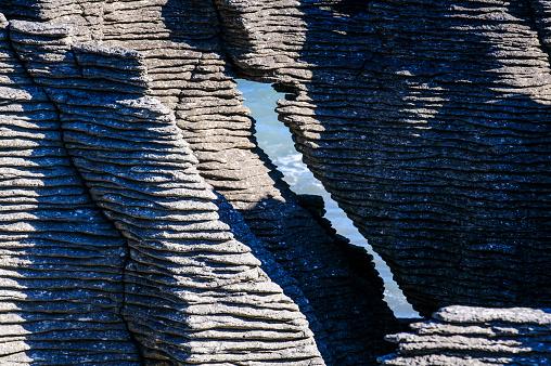 New Zealand「Detail of Pancake Rocks, Paparoa National Park, South Island, New Zealand」:スマホ壁紙(5)