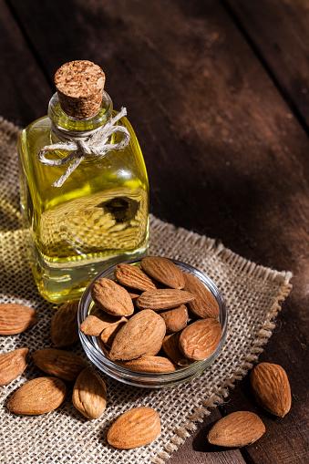 Almonds「アーモンドオイル」:スマホ壁紙(18)