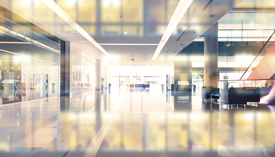 Defocused「Empty shopping center or building entrance and  business building reflection」:スマホ壁紙(5)