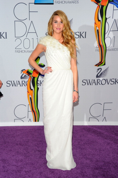 Drop Earring「2011 CFDA Fashion Awards - Arrivals」:写真・画像(7)[壁紙.com]