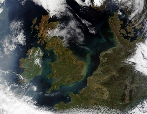 Denmark「This true-color MODIS image showcases Northern Europe.」:スマホ壁紙(17)
