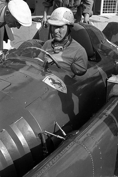 Giuseppe Farina「Giuseppe Farina, Grand Prix Of Italy」:写真・画像(4)[壁紙.com]