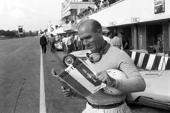 Giuseppe Farina「Giuseppe Farina, Grand Prix Of Italy」:写真・画像(6)[壁紙.com]