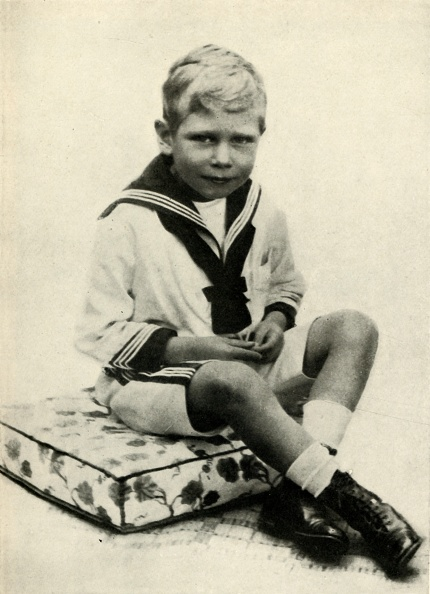 Boys「King George Vi On Holiday At Osborne In 1899」:写真・画像(14)[壁紙.com]