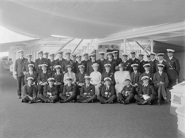 Sailor「King George V And Queen Mary On Board Hmy Victoria And Albert」:写真・画像(3)[壁紙.com]