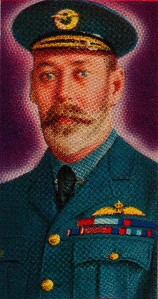 Cigarette Card「King George V in the uniform of Chief of the Royal Air Force, 1935. Artist: Unknown.」:写真・画像(2)[壁紙.com]