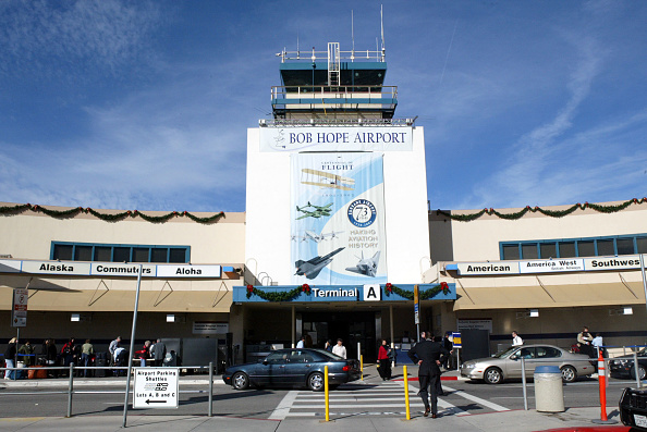Burbank「Bob Hope Airport Is Dedicated」:写真・画像(0)[壁紙.com]
