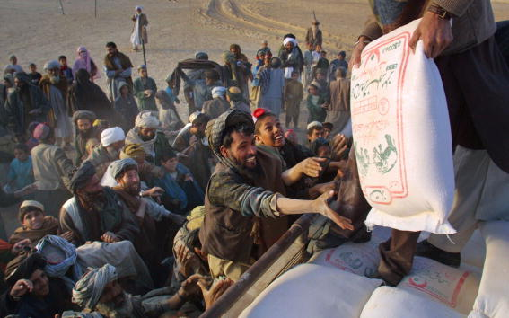 Afghan Ethnicity「Afghan Refugees Desperate for Food and Aid」:写真・画像(18)[壁紙.com]