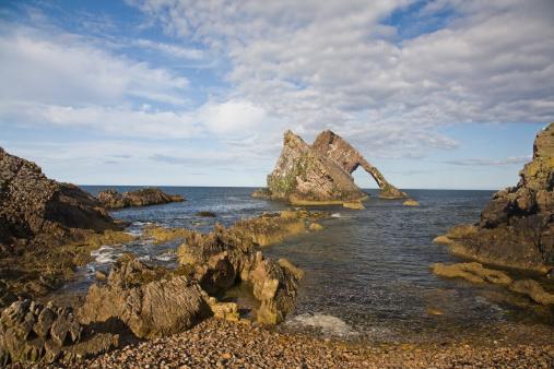 Violin「Bow and Fiddle rocks, Scotland」:スマホ壁紙(0)