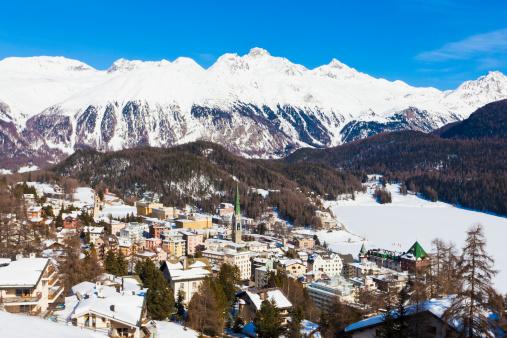 Ski Resort「Switzerland, View of St Moritz townscape」:スマホ壁紙(6)