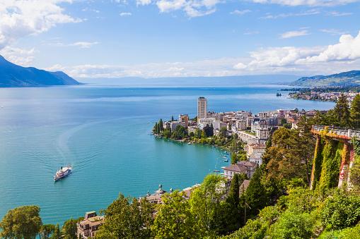 Steamer「Switzerland, Lake Geneva, Montreux, cityscape with paddlesteamer」:スマホ壁紙(12)
