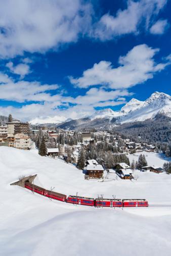 Arosa「Switzerland, Arosa, Rhaetian railway passing through snow」:スマホ壁紙(5)