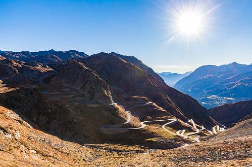 Hairpin Curve「Switzerland, Valais, Alps, Gotthard pass」:スマホ壁紙(3)