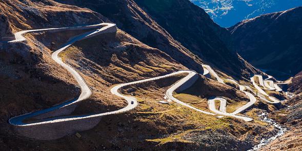 Hairpin Curve「Switzerland, Valais, Alps, Gotthard pass」:スマホ壁紙(15)