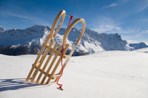 Snow sled「Switzerland, Graubuenden, Savognin, Winter scenery with sledge」:スマホ壁紙(17)