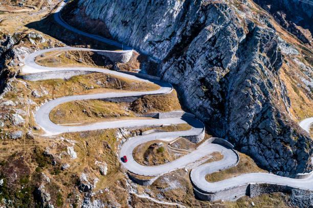 Switzerland, Tessin, Tremola, Aerial view of Gotthard Pass:スマホ壁紙(壁紙.com)